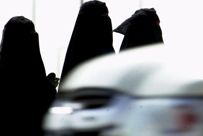 Η πρώτη έκθεση αυτοκινήτου μόνο για γυναίκες στη Σ. Αραβία είναι γεγονός