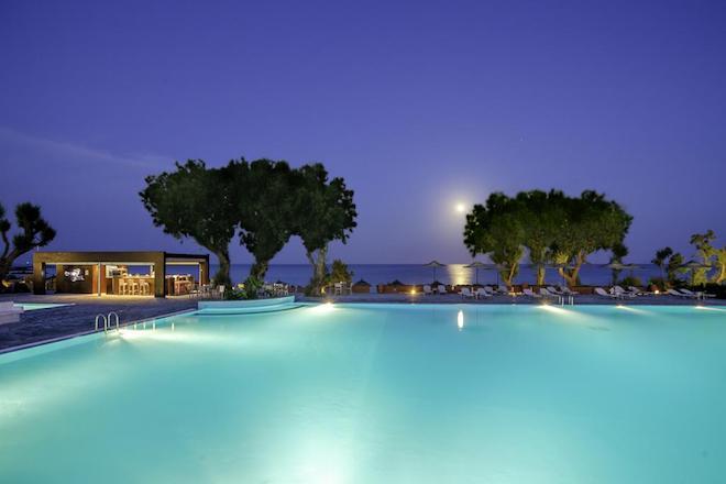 Έξι «μνηστήρες» για τα ξενοδοχεία της Λακιτίρα