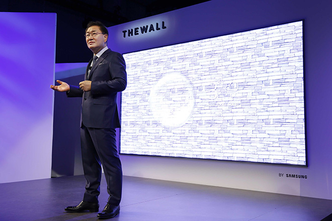 Samsung_The Wall_CES 18_image 1