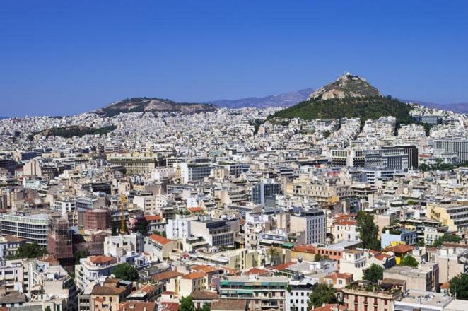 Telegraph: Οι Κινέζοι αγοραστές δείχνουν την πόρτα στους Έλληνες ενοικιαστές