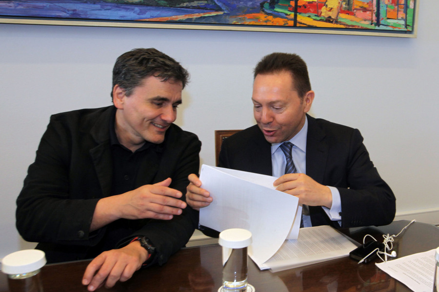 Τι είπαν Στουρνάρας – Τσακαλώτος πριν το Eurogroup
