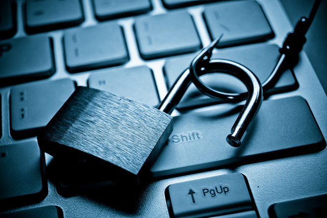 Ποιες διαδικτυακές απάτες απείλησαν περισσότερους Έλληνες τη χρονιά που πέρασε