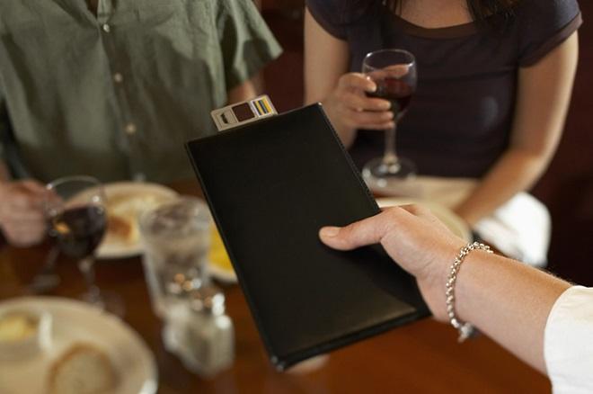 Σε αυτό το εστιατόριο θα πληρώσετε ανάλογα με την ώρα που θα πάτε!