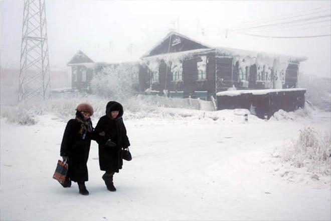 Πώς είναι να ζει κανείς στο πιο κρύο χωριό στον πλανήτη;