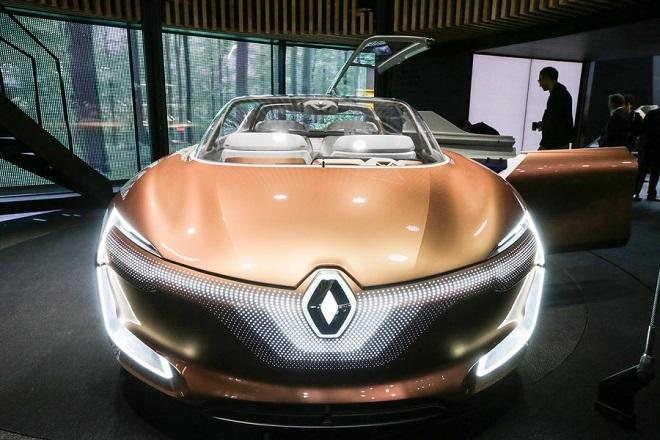 Η Renault υποβαθμίζει την πρόβλεψη για κέρδη και έσοδα φέτος