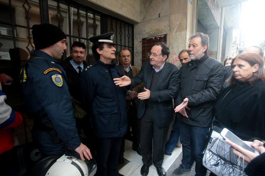 Αστυνομικοί κατά κυβέρνησης για τους πλειστηριασμούς