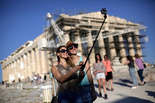 ΙΝΣΕΤΕ: Εντυπωσιακή η άνοδος του τουρισμού στην Ελλάδα την περίοδο 2016-2018