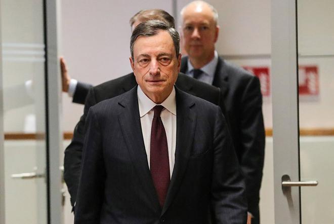 Γιατί η μεγάλη ανάκαμψη του ευρώ ίσως αλλάξει τους ενδοιασμούς της ΕΚΤ για το QE