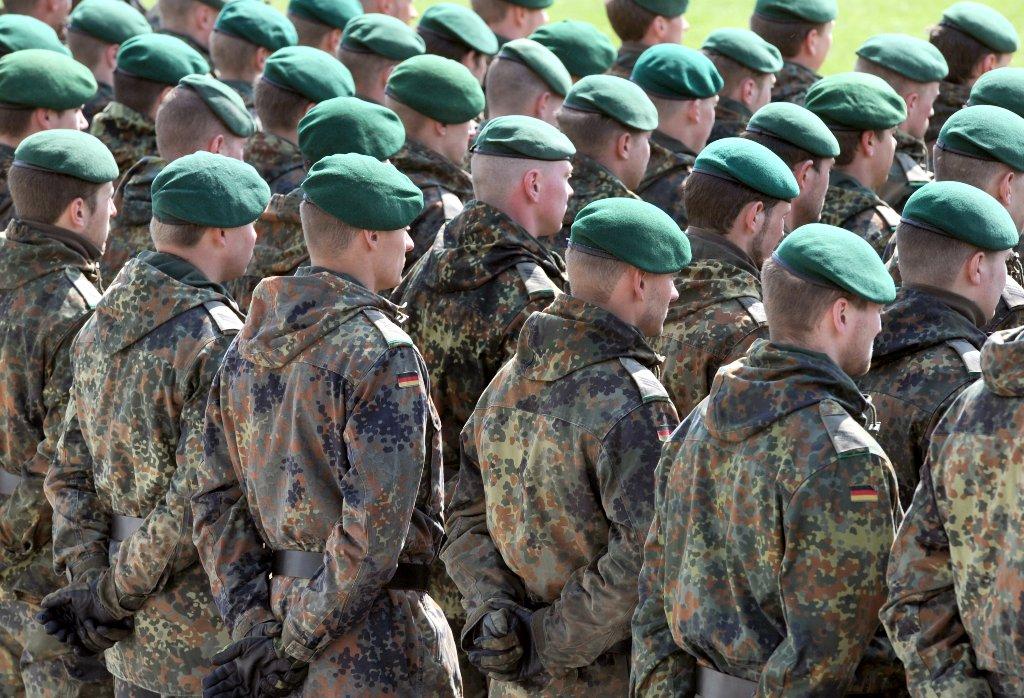 Η ελληνική εταιρεία που επιπλώνει τον γερμανικό στρατό