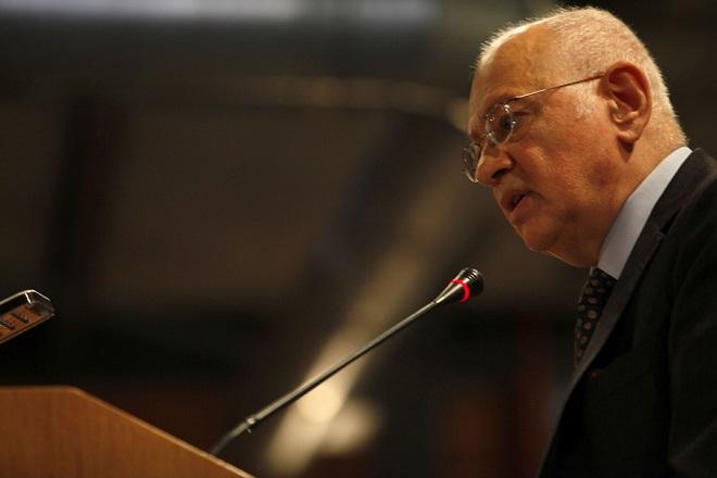 Ο υπουργός Οικονομίας και Ανάπτυξης, Δημήτρης Παπαδημητρίου, απευθύνει χαιρετισμό στην εκδήλωση για την Εθνική Ημέρα Μνήμης των Ελλήνων Εβραίων Μαρτύρων και Ηρώων του Ολοκαυτώματος, που πραγματοποιήθηκε στην Αποθήκη Γ' του Λιμανιού της Θεσσαλονίκης, Κυριακή 28 Ιανουαρίου 2018. Κάθε χρόνο τιμάται η μνήμη των χιλιάδων Ελλήνων Εβραίων ο οποίοι έχασαν τη ζωή τους στα ναζιστικά στρατόπεδα συγκέντρωσης. ΑΠΕ-ΜΠΕ/ ΑΠΕ-ΜΠΕ/ ΝΙΚΟΣ ΑΡΒΑΝΙΤΙΔΗΣ