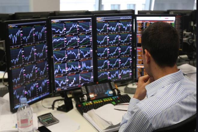 Αρνητικό το κλίμα στην αγορά ομολόγων – Ξεπέρασε το 4,5% η απόδοση του 10ετούς ομολόγου