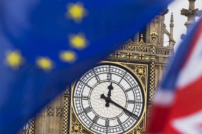 Αναβολή του Brexit σε περίπτωση μη συμφωνίας ως τις 13 Μαρτίου εξετάζουν Βρετανοί υπουργοί