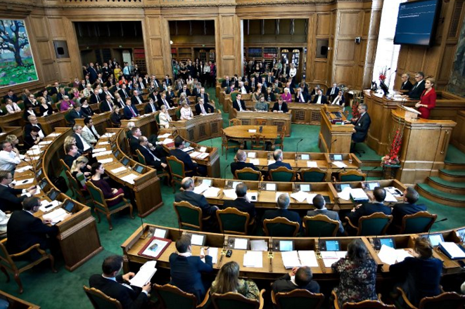 Στη σκιά της διαφθοράς και της φοροδιαφυγής η Δανία