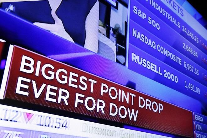 Νέα βουτιά στη Wall Street – Με πτώση πάνω από 4% έκλεισε ο Dow Jones
