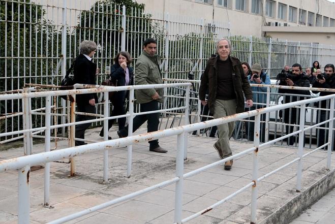 Επέστρεψε στις φυλακές Κορυδαλλού ο Δ. Κουφοντίνας