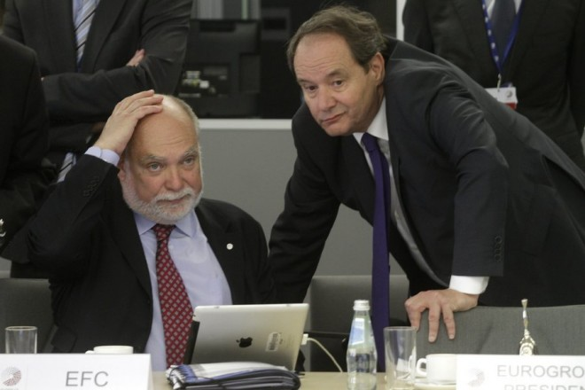 epa04718551 Chairman of Eurogroup Working group Thomas Wieser (L) and Treasurer-General at the Dutch Ministry of Finance Hans Vijlbrief (R), during the Eurogroup tour-de-table at Informal Meeting of Ministers for Economic and Financial Affairs (ECOFIN) in Riga, Latvia, 24 April 2015.  EPA/VALDA KALNINA