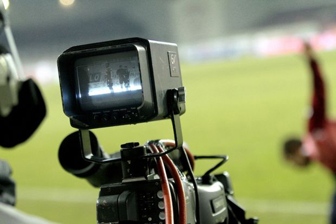 Η NOVA δίνει τέλος στην κεντρική διαχείριση των τηλεοπτικών δικαιώματων στη Super League