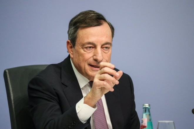 epa06473684 Mario Draghi, President of the European Central Bank (ECB), speaks during a press conference following the meeting of the Governing Council of the European Central Bank in Frankfurt Main, Germany, 25 January 2018. ECB leaves the main interest rates unchanged in its first policy decision of 2018.  EPA/ARMANDO BABANI