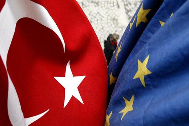 Κυρώσεις εις βάρος της Τουρκίας ετοιμάζει για πρώτη φορά η ΕΕ – «Σκληρή μάχη» της Ελλάδας στο Συμβούλιο Γενικών Υποθέσεων