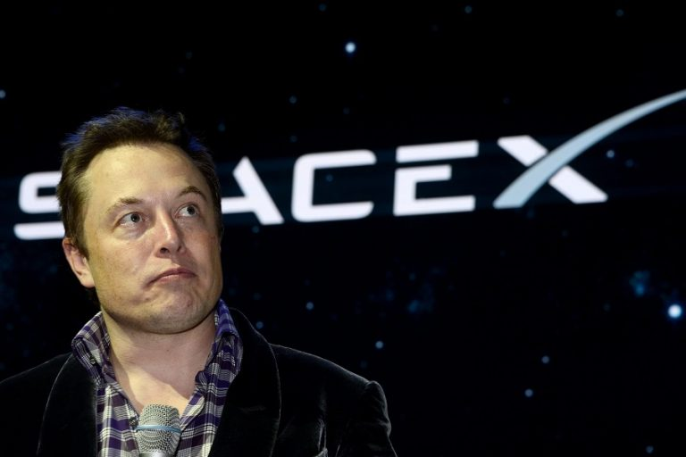 Η SpaceX του Έλον Μασκ αναζητά δοκιμαστές για τις υπηρεσίες διαδικτύου της