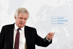 epa06545684 British Secretary of State for Exiting the European Union David Davis speaks about the British course on leaving the EU (Brexit) in Vienna, Austria, 20 February 2018. David Davis said Britain wanted to lead a 'global race to the top' in rights and standards not, as some feared, a 'competitive race to the bottom.'  EPA/ROLAND SCHLAGER / POOL Special Instructions