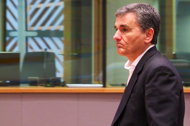Ο Έλληνας υπουργός Οικονομικών, Ευκλείδης Τσακαλώτος, παρευρίσκεται στην τακτική συνεδρίαση του Eurogroup στις Βρυξέλλες, Καθαρά Δευτέρα 19 Φεβρουαρίου 2018. Η Ευρωομάδα θα ενημερωθεί για την πρόοδο που σημειώθηκε στην εφαρμογή των υπολειπόμενων προαπαιτούμενων δράσεων στο πλαίσιο της τρίτης αξιολόγησης του προγράμματος οικονομικής προσαρμογής της Ελλάδας. ΑΠΕ-ΜΠΕ/ CONSILIUM.EUROPA.EU/ ΧΡΗΣΤΟΣ ΔΟΓΑΣ