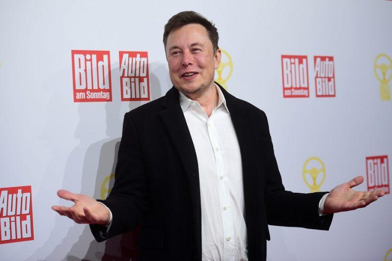 «Αστρονομικό» μπόνους 2,1 δισ. δολαρίων «ξεκλείδωσε» ο Έλον Μασκ καθώς η αξία της Tesla έχει εκτιναχθεί