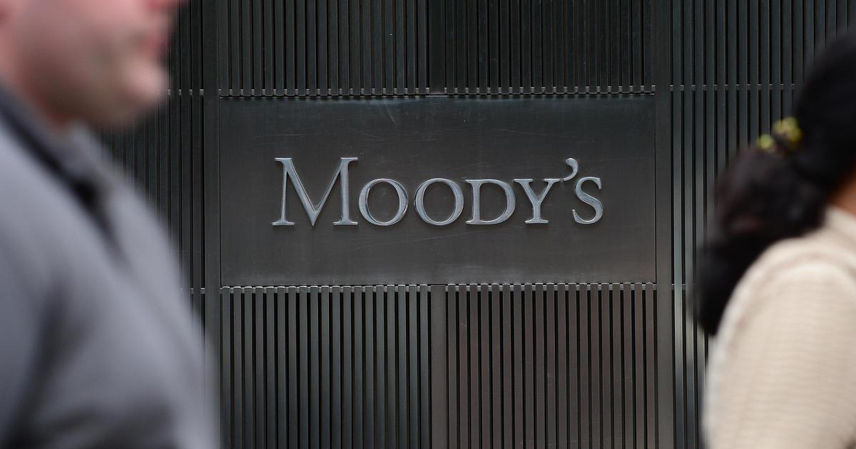 «Μαξιλάρι» ρευστότητας αντί για πιστωτική γραμμή βλέπει η Moody's