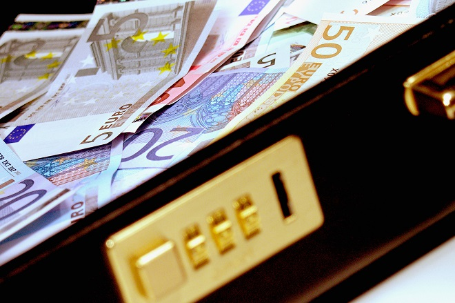 Από «κόσκινο» 150.000 στρατηγικοί κακοπληρωτές δανείων