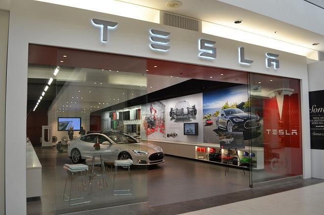 Η Tesla ήρθε στην Ελλάδα