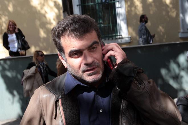 Συνελήφθη ο Κώστας Βαξεβάνης μετά από μήνυση του Αντώνη Σαμαρά