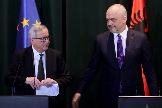 Γιούνκερ προς Αλβανία: Πρώτα θα λύσετε τις διαφορές με την Ελλάδα και μετά η ένταξη στην ΕΕ