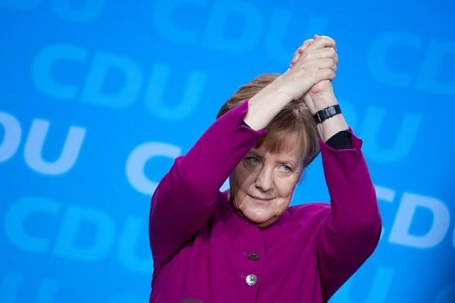 Ναι στην κυβέρνηση συνασπισμού με τους Σοσιαλδημοκράτες είπε το CDU της Μέρκελ