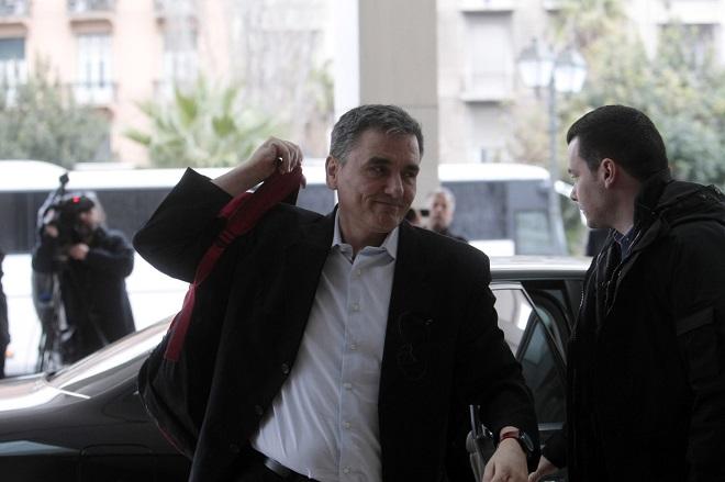 Στην Αθήνα οι θεσμοί για την τέταρτη αξιολόγηση – Τα τρία κομβικά θέματα