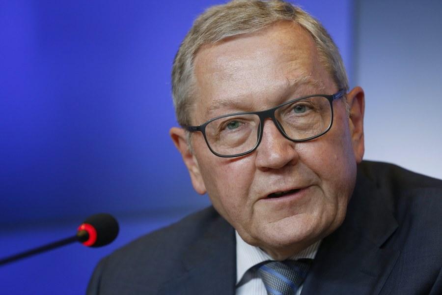 Ρέγκλινγκ: «Η εκτίμηση για την ανάπτυξη της Ελλάδας είναι καλύτερη»