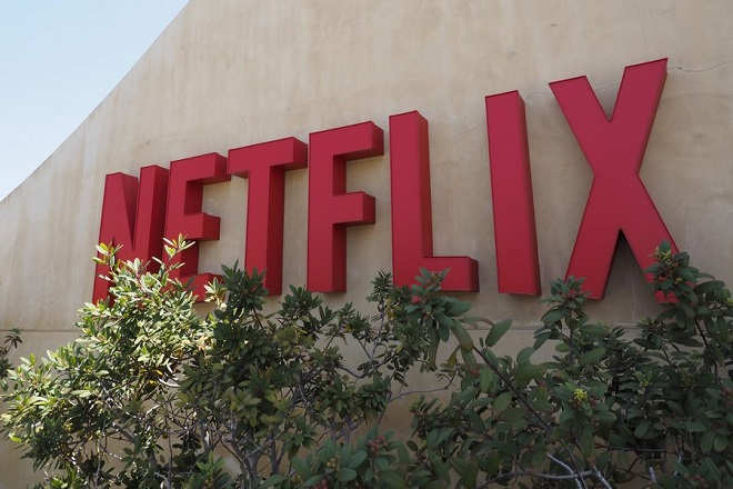 epa05111098 (FILE) A file picture dated 20 August 2015 of an exterior view on the Netflix Corporate headquarters in Los Gatos, California, USA. Netflix is to release their 4th quarter 2015 results on 19 January 2016.  EPA/JOHN G. MABANGLO *** Local Caption *** 52133527  EPA/JOHN G. MABANGLO     *** Local Caption *** 52133527