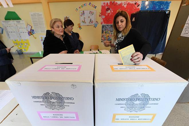 Αδυναμία σχηματισμού κυβέρνησης δείχνουν τα πρώτα exit polls στην Ιταλία