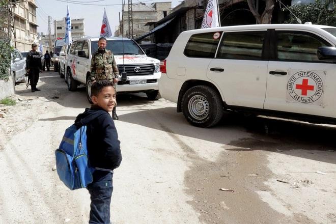 Πολύτιμη ανθρωπιστική βοήθεια έφτασε σήμερα στους πολιορκημένους της ανατολικής Γούτα