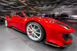 epa06586490 The New Ferrari 488 Pista is presented during the press day at the 88th Geneva International Motor Show in Geneva, Switzerland, Wednesday, March 7, 2018. The Motor Show will open its gates to the public from 8 to 18 March presenting more than 180 exhibitors and more than 110 world and European premieres.  EPA/MARTIAL TREZZINI
