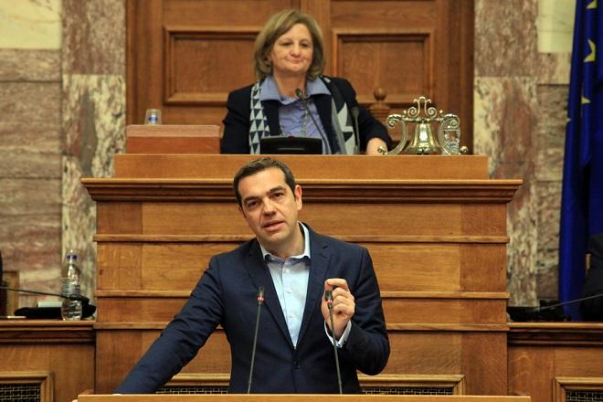 Ο πρωθυπουργός Αλέξης Τσίπρας μιλάει στη συνεδρίαση για την επεξεργασία και εξέταση του σχεδίου νόμου του Υπουργείου Δικαιοσύνης, Διαφάνειας και Ανθρωπίνων Δικαιωμάτων «Ι) Κύρωση της Σύμβασης του Συμβουλίου της Ευρώπης για την Πρόληψη και την Καταπολέμηση της Βίας κατά των γυναικών και της Ενδοοικογενειακής Βίας και προσαρμογή της ελληνικής νομοθεσίας, ΙΙ) Ενσωμάτωση της 2005/214/ΔΕΥ απόφασης – πλαίσιο, όπως τροποποιήθηκε με την απόφαση – πλαίσιο 2009/299/ ΔΕΥ, σχετικά με την εφαρμογή της αρχής της αμοιβαίας αναγνώρισης επί χρηματικών ποινών και ΙΙΙ) Άλλες διατάξεις αρμοδιότητας Υπουργείου Δικαιοσύνης, Διαφάνειας και Ανθρωπίνων Δικαιωμάτων», Πέμπτη 8 Μαρτίου 2018. ΑΠΕ-ΜΠΕ/ΓΡΑΦΕΙΟ ΤΥΠΟΥ ΒΟΥΛΗΣ/ΣΠΥΡΟΣ ΤΣΑΚΙΡΗΣ