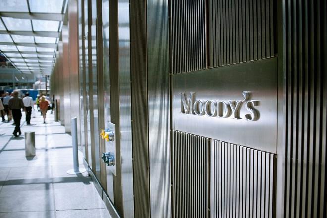 Αναβάθμιση του αξιόχρεου ελληνικών τραπεζών από τη Moody's