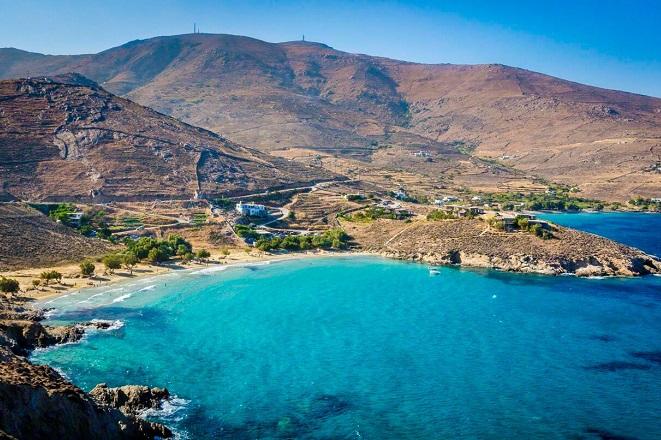 Τρεις ελληνικοί προορισμοί ανάμεσα στα ομορφότερα καταφύγια της Μεσογείου