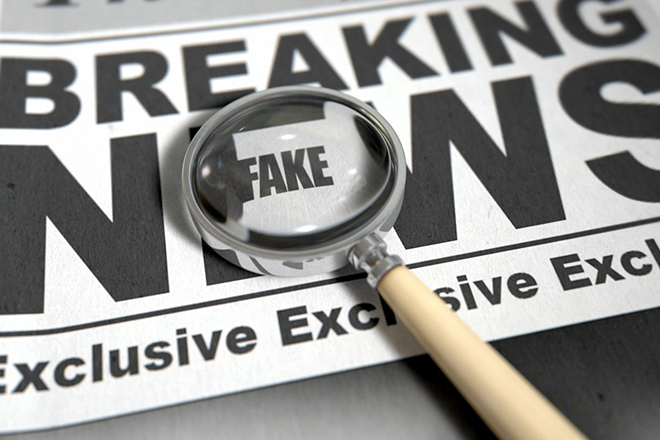 Τα social media προτιμούν οι Αμερικανοί για την ενημέρωσή τους παρότι τα θεωρούν πηγή «fake news»