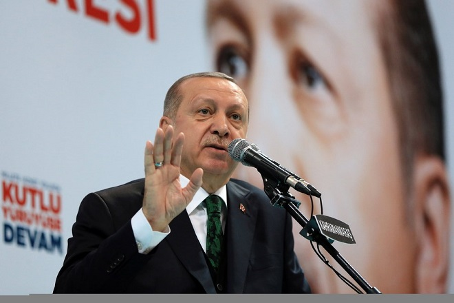 epa06561842 A handout photo made available by the Turkish Presidential Press Office shows Turkish President Recep Tayyip Erdogan speaks during the 6th ordinary provincial congress of the Justice and Development Party (AKP) in Kahramanmaras, Turkey, 24 February 2018.  EPA/TURKISH PRESIDENTAL PRESS OFFICE / HANDOUT  HANDOUT EDITORIAL USE ONLY/NO SALES