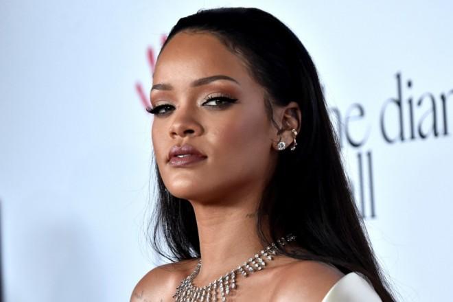 Πώς συγκέντρωσε η Rihanna την τεράστια περιουσία της;