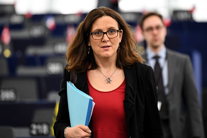 Εξηγήσεις για τους εμπορικούς δασμούς θα λάβε η ΕΕ μέσα στην εβδομάδα