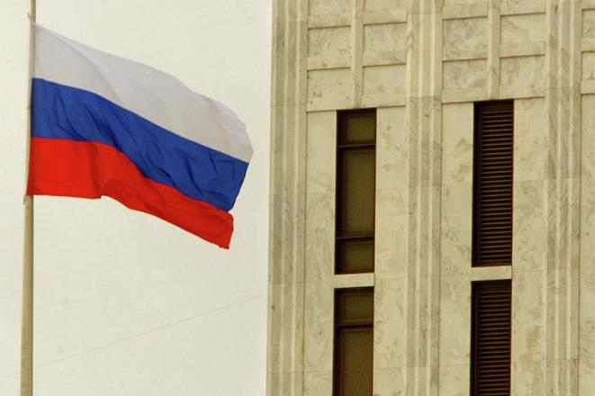 Οι Ρώσοι ανακαλύπτουν τώρα χημικά από τη Γαλλία και τη Βρετανία στη Συρία