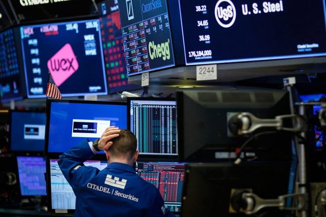 Γιατί η ένταση με το Ιράν συνιστά «ασύμμετρο κίνδυνο» για τις χρηματιστηριακές αγορές