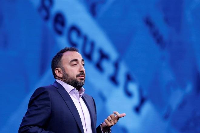 Παραιτείται ο επικεφαλής κυβερνοασφάλειας του Facebook για χάρη του…Στάνφορντ