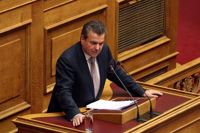 Πετρόπουλος: Βγαίνουμε από τον φαύλο κύκλο των ελλειμμάτων-Τα έσοδα του ΕΦΚΑ έχουν αυξηθεί